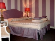 Double room purple