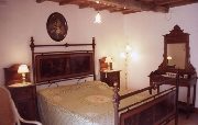 Double-bedroom of Celli apartment