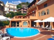 Exterior of the hotel with the Swimming Pool
