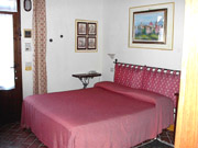 Apartment in Montepulciano: The other Double Bedroom of Girasole apartment