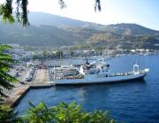 Blick auf den Hafen von Lipari
