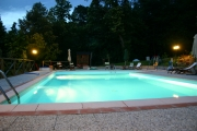 La piscina by night