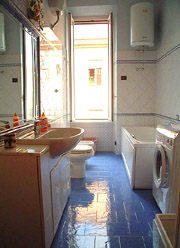 Wohnung Urlaub Rom: Badezimmer der Urlaubswohnung Eroi in Rom