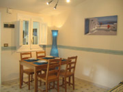 The dining area of the Bucaneve apartment