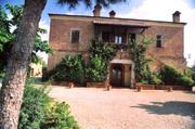Wohnung in Montepulciano: die Fassade der Ferienwohnung Glicine in Montepulciano