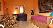 Rom Ferienwohnung: Andere Sicht des Wohnzimmers der Ferienwohnung Filiberto