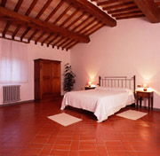 Double bedroom of Florio apartment in San Gimignano
