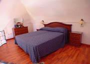 Appartamento Vacanze Positano: Camera da letto del piano soppalcato dell'Appartamento per vacanze Ludovica tipo C a Positano