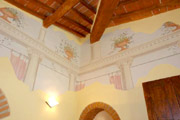 Florence Lodging: Living-room with frescoes of Giotto Lodging in Florence