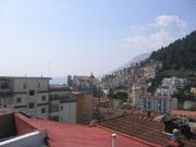 Vista fantastica dal terrazzo del tetto dell'appartamento di Bucanve