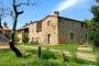 The facade of the farmhouse La Casa Colonica