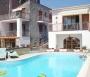 Die Residenz mit dem Swimmingpool